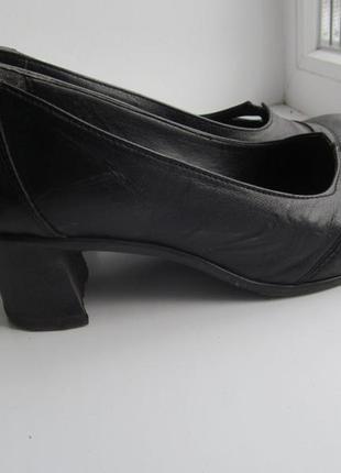 Удобные и красивые кожаные туфли 1266b7c6e3ae0