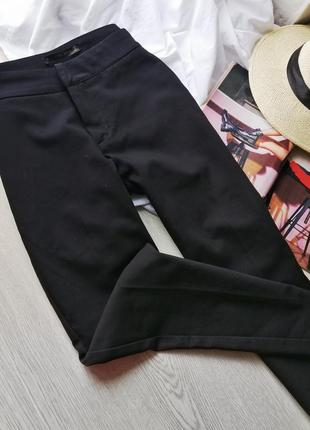 Стильные классические базовые брюки