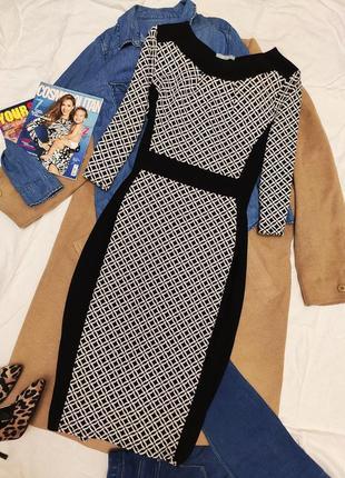 Per una платье чёрное белое комбинированное миди классическое три четверти рукав