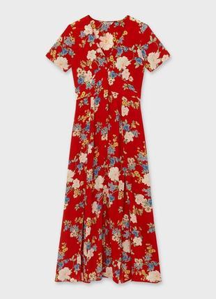 Вискозное макси платье в цветочный принт.