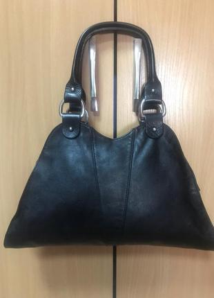 Чёрная,маленькая сумочка fendi