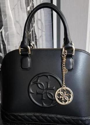 Брелок / подвеска на сумку guess оригинал новый!