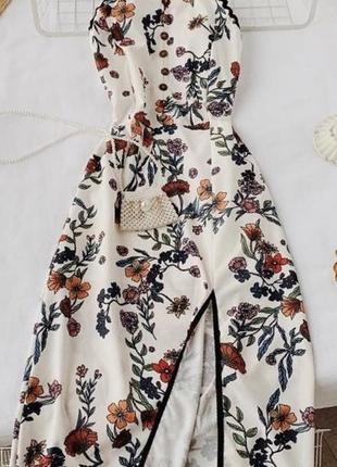 Літня сукня в квітковий принт