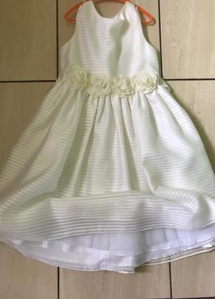 Платье нарядное для принцессы! девочки, платье очень красивое!!! на девочку 8-10 лет. торг