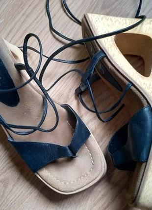 Босоножки сандалии на завязках с квадратным носом