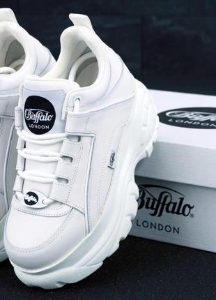 Кроссовки кожаные полностью белые баффало на платформе 40,41 р