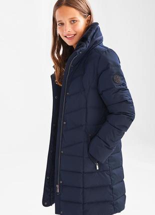 Удлиненная зимняя куртка на пуху для девочки c&a германия размер 134
