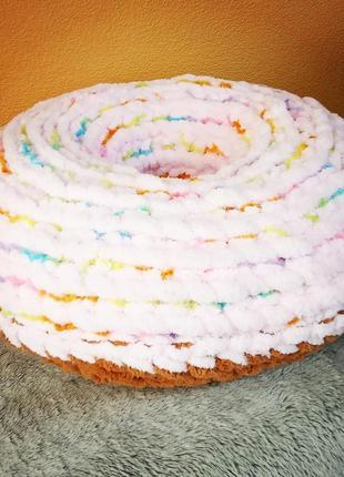 Декоративная подушка - сочный пончик