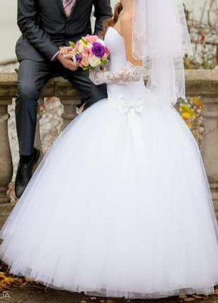 Свадебное платье s-m-l
