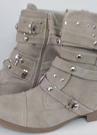 Ботинки женские jumex