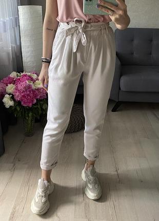 Натуральные лёгкие брюки/штаны с тканевым ремешком gap
