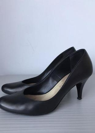 Туфли лодочки кожа bravo moda 38 р