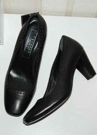 Туфли кожа натуральная носок квадрат 37 р, 24 см
