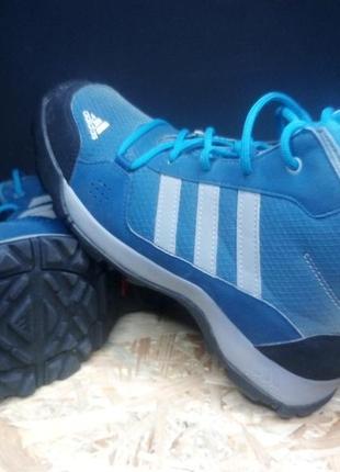 Треккинговые ботинки adidas 37 р #973