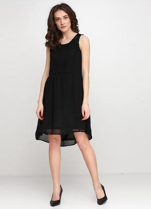 Шикарное черное платье h&m баской размер s-м
