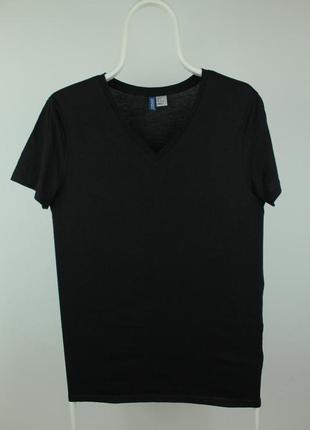 Базовая качественная футболка h&m v-neck basic black shirt