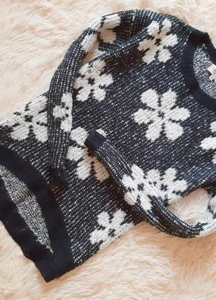 Красивый стильный свитерок с удлиненной спинкой от new look