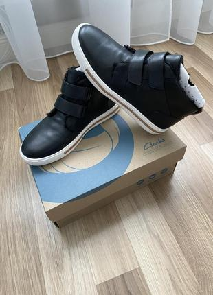 Clarks unstructured ботинки, размер 9.5 или 40-40.5