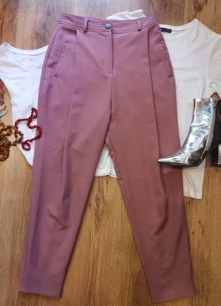 Пыльно розовые брюки со стрелками asos