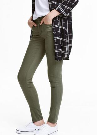 Фирменные джинсы, скинни, штаны цвета хаки h&m