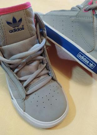 Высокие кроссовки adidas оригинал р 26.5 стелька 17 см5 фото