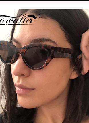 Очки окуляри темные коричневые леопард солнце солнцезащитные стиле 60-х трендовые новые