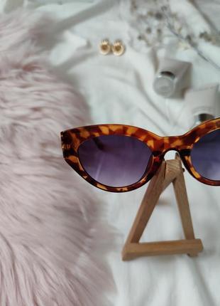 Очки окуляри леопард солнце солнцезащитные стиле 60-х трендовые новые uv4008 фото