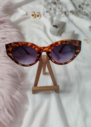 Очки окуляри леопард солнце солнцезащитные стиле 60-х трендовые новые uv4006 фото