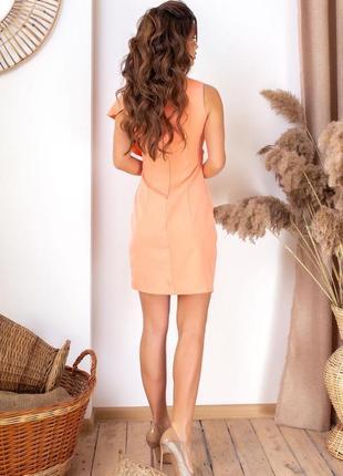 Оригинальное прямое платье абрикосовое3 фото