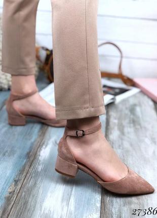 Красивые босоножки на низком каблуке, мюли замшевые, хит сезона