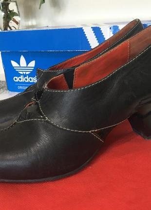 Кожаные туфли lisa tucci португалия 37