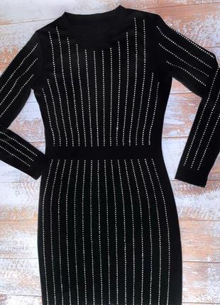 Скидка 🌹шикарное вечернее чёрное платье в стразах в полоску под balmain