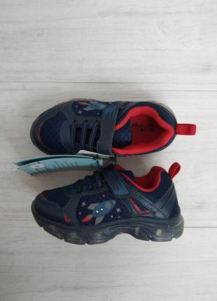 Светящиеся кроссовки, impidimpi, германия