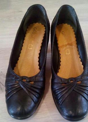 Качественные кожаные туфли. туфли из натуральной кожи. польша.