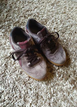 Кожаные натуральные кроссовки, оригинал