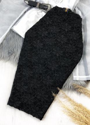 Чёрная кружевная юбка