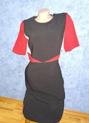 Шикарное черное платье футляр с вставками по бокам