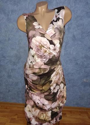 Нереально красивое длинное платье с цветами