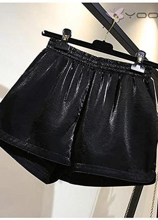 Стильные женские шорты. размер 42-44, s