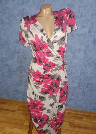 Нереально красивое платье с цветами на запах