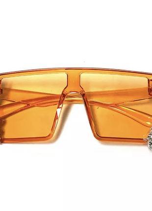 Стильные солнцезащитные очки с камнями7 фото