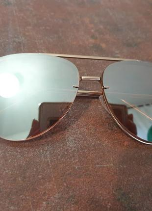 Солнцезащитные очки h&m зеркальные