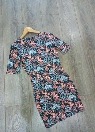 George черное вискоза трикотажное в цветы платье-футляр