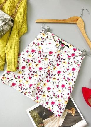 Стильная джинсовая юбка zara в цветочный принт