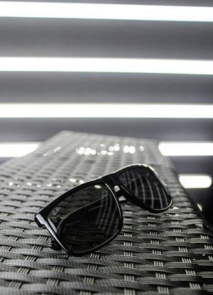 Очки с металлической вставкой, солнцезащитные