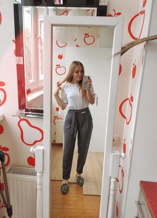 Легкие брюки new look