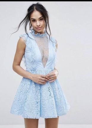 Нежное голубое платье от missguided