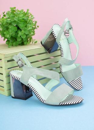 Летние замшевые босоножки на толстом каблуке мятные бирюзовые