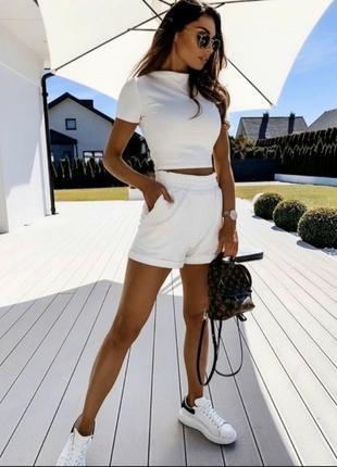 Костюм шорты топ повседневный белый костюм