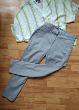 Стильные укороченные чинос штаны
